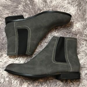 Ankle boots size 8